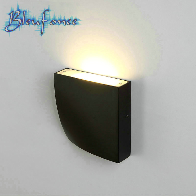 Led wall lamp modern minimalist minimalist lights for Minimalist bedroom lighting
