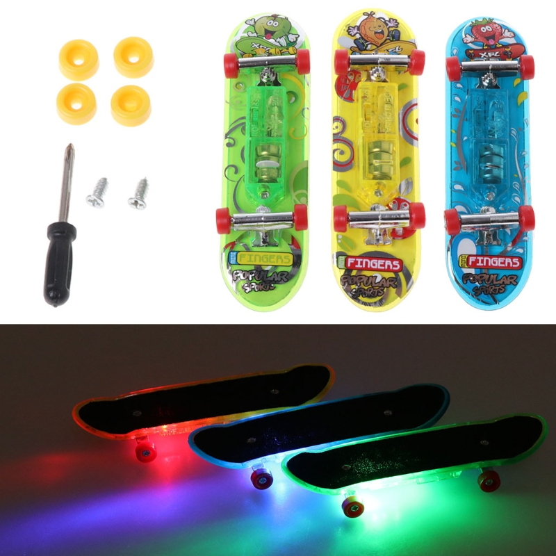 HBB 2pcs LED Mini Skateboard Flashing Finger Board Kids Toy Gifts Baby Novelty Toy Random Color