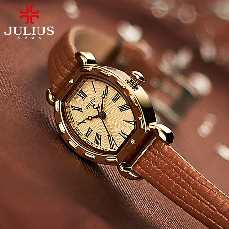Retro Small Lady Women's Watch Japan Quartz Hours Fine Fashion Bracelet Real Leather Classic Girl's Birthday Gift Julius Box