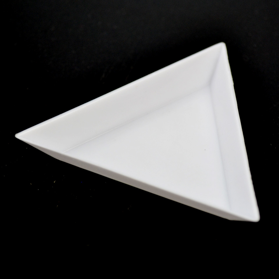Nail Dotting Triangle Plate Manicure Tool Plate For Rhinestone Dishes Mobile Phone Shell Paste Drill Material Packages GJ2001
