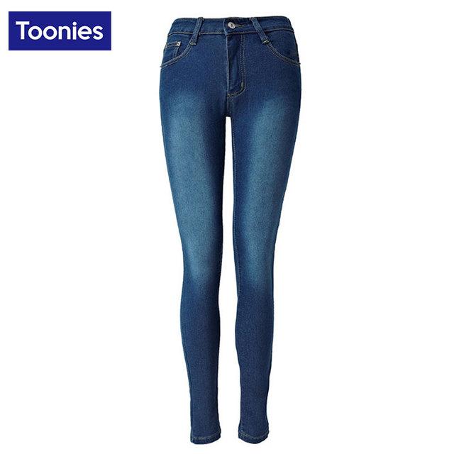 Primavera Novas Calças Lápis magros das calças de Brim para As Mulheres 2017 Europa feminino Pacote Hip Alta Cintura Elástica Jeans Casual Calças Azuis calças de brim