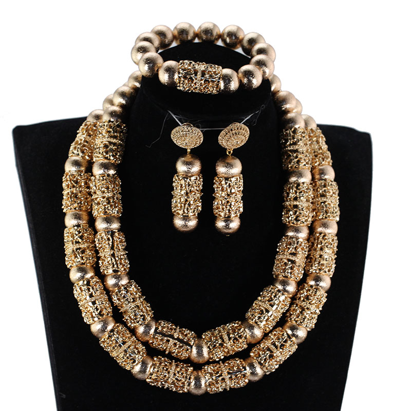 HTB1widAB5CYBuNkSnaVq6AMsVXaf Splendid Navy Blue Nigerian Beaded Women Costume Jewelry Sets Dubai Gold Chunky Statement Necklace Set 2019 WE240