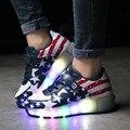 Popular luz led niños shoes con ruedas estrella estilo roller skate zapatillas de deporte de los niños/de las muchachas brillantes zapatillas de color rosa negro