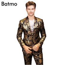 2017 new arrival High quality golden printed Nightclubs men s suits one button casual suit men