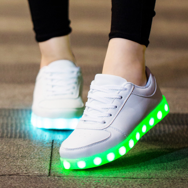 7 ipupas Светящиеся Светодиодные Обувь Мужчин и Унисекс Люкс Марка Повседневная свет Световой Calzado Хомбре Chaussure Femme Lumineuse Для взрослых