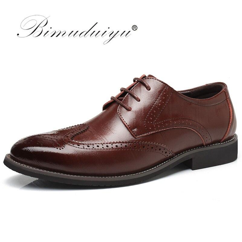 Bimuduiyu роскошные кожаные Кружево до современных Для мужчин; платье в деловом стиле Обувь с перфорацией типа «броги» свадьбы официальная обув...