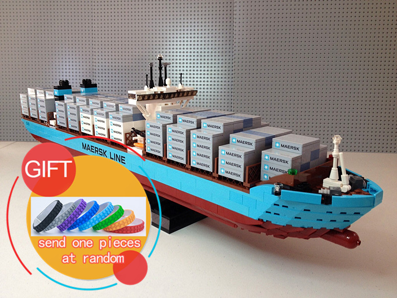 22002 1518Pcs Technical Series The Maersk Cargo Container Ship Set 10241 Building Educational Blocks toys lepin lepin 22002 1518pcs the maersk cargo container ship set educational building blocks bricks model toys compatible legoed 10241