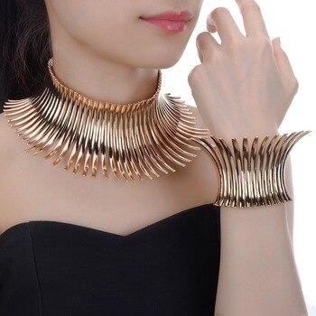 цена Fashion Unique Jewelry Sparkling Silver/Golden Chunky Choker Noble Toques Statement Bib Necklace Bracelet Jewelry Sets онлайн в 2017 году