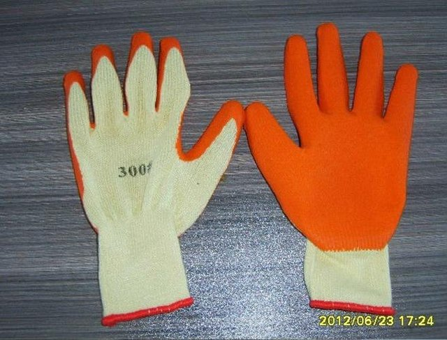 Free Shipping! wholesale 12 pairs/dozen 21 yarns latex coated dipped working gloves/safety protective gloves/