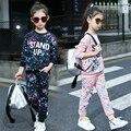 Outono nova Crianças meninas big boy terno versão Coreana do graffiti tripulação pescoço manga comprida two-piece ternos esportes dos Miúdos EUA tamanho