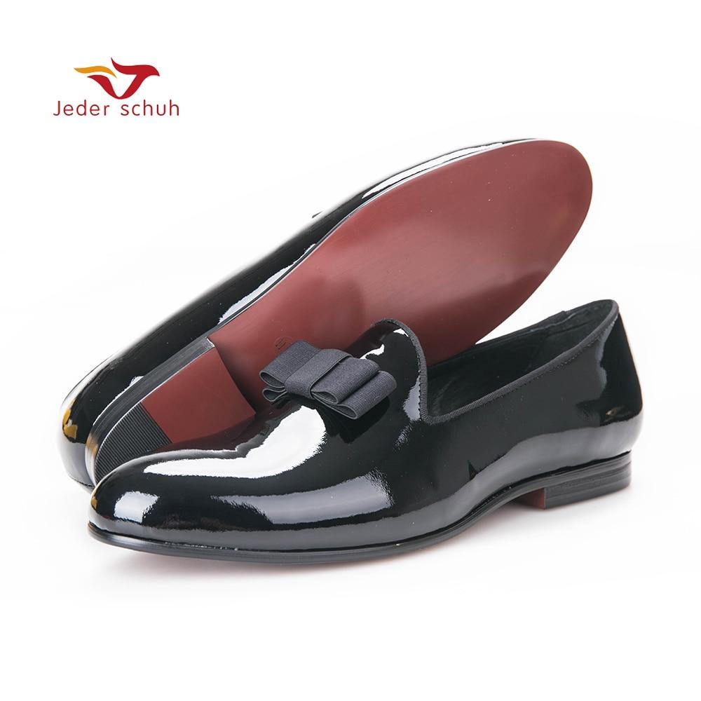 Hommes mocassins mocassins en cuir Verni avec noir gros-grain garnitures et arc sur top partie chaussures