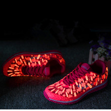 The new 2016 ultralight joker balsam pear fluorescent shoes comfortable casual recreational shoe fabric is luminous