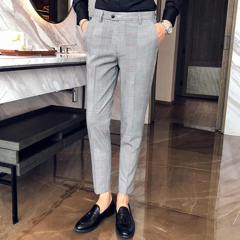 4b1ad50b600 2018 new men s casual Korean version of the slim trousers hair stylist feet  trousers autumn and