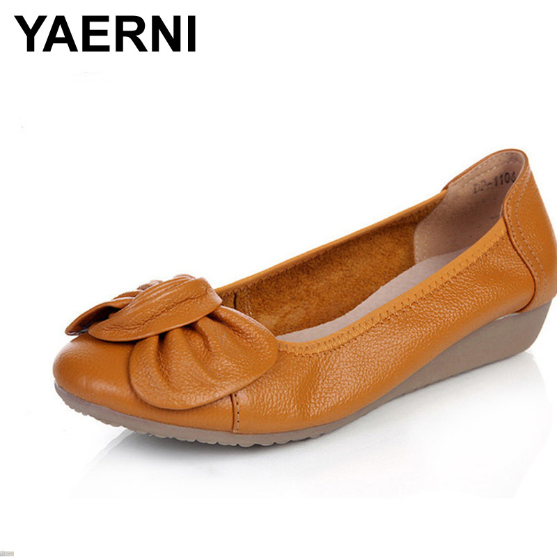 YAERNI Plus Size(34-43) Women Genuine Leather Flat Shoes Woman Loafers 2017 New Fashion Single Casual Shoes Women Flats genuine leather flats women loafers woman slip on shoes casual skate walking flat shoes plus size 34 40 41 42 43