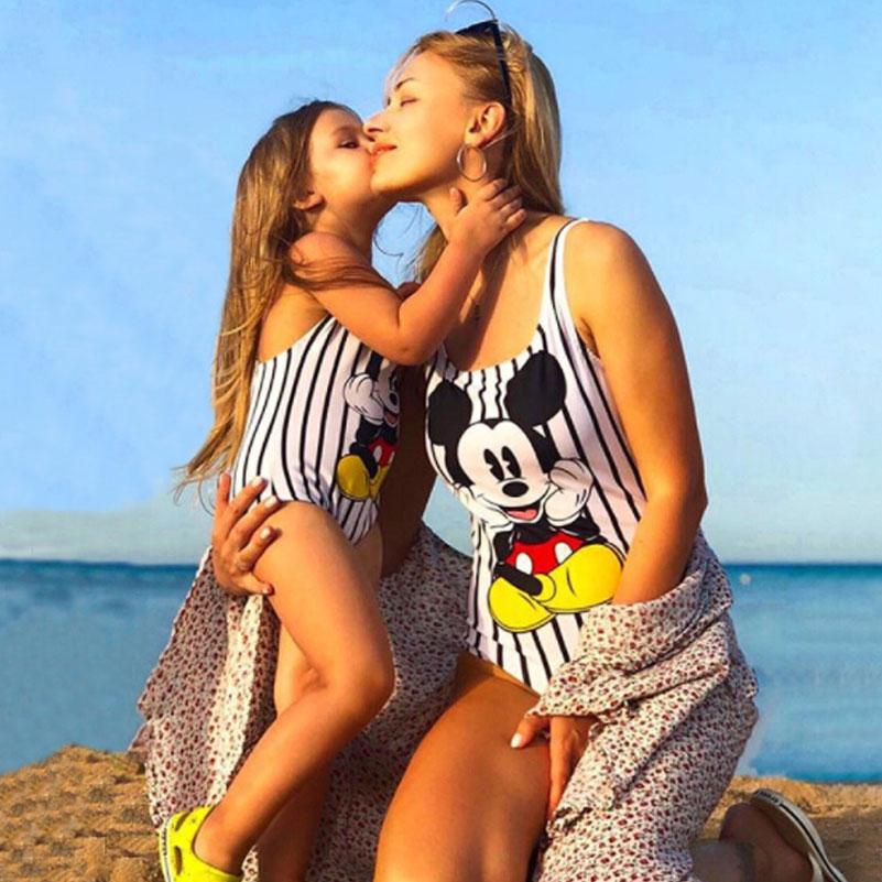 Mother Girl Swimwear Mommy and Me Family Matching One Piece Swimsuits Beachwear Cute Cartoon Mickey Print Sporty Monokini Bikini 2