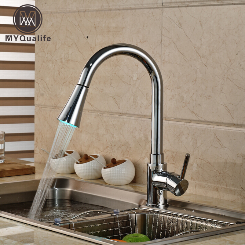 Polished Chrome Pull Out Color Changing LED Kitchen Sink Faucet Single Handle Deck Mount Mixer Water