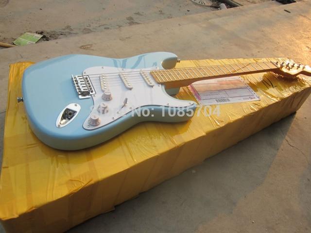 Electric guitar Wholesale new fen st custom shop electric guitar/Gwarem sky blue color / black guitar/guitar in china