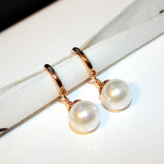 Classic Simple White Simulated Pearl Earrings For Women Bijoux 2017 Fashion Jewelry Cute Gift Fine Quality Gold-color