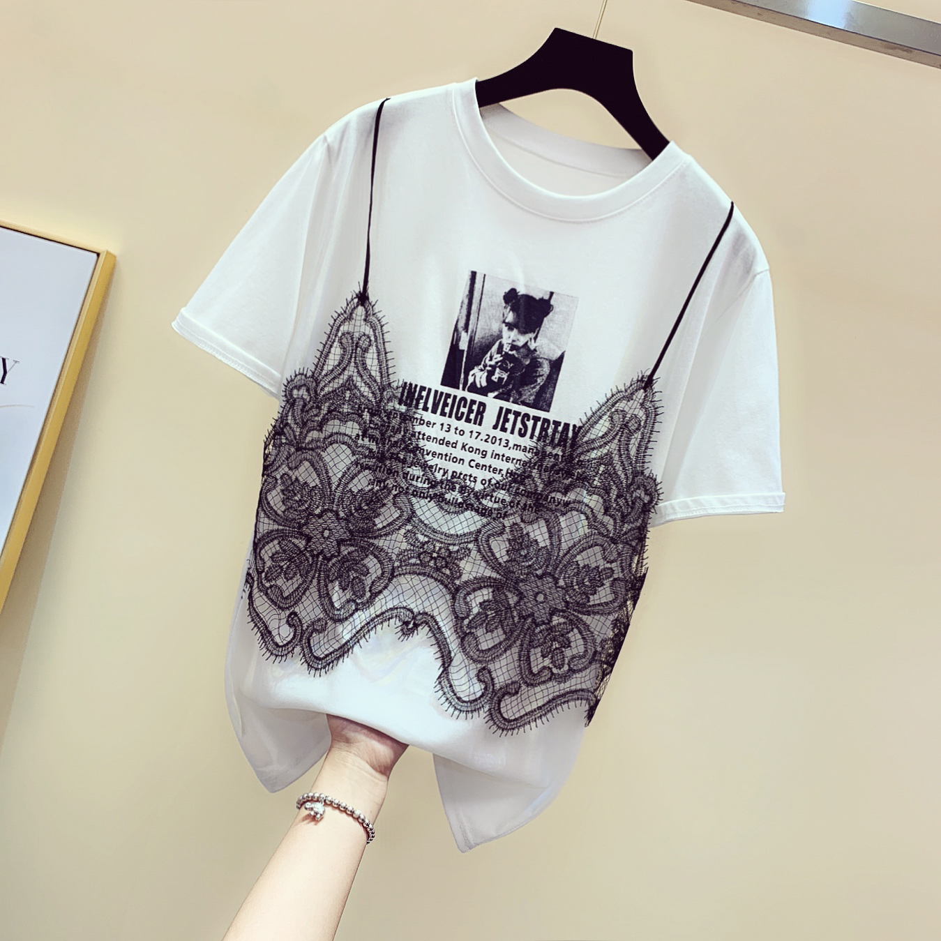 2019 Summer New Korean Sling Lace Splicing Letter Short-sleeved T-shirt Women's Print Loose Fake Twopiece Shirts Student Tops