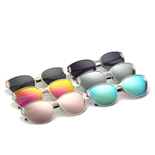2017 new fashion sunglasses all-match female cat reflective glasses