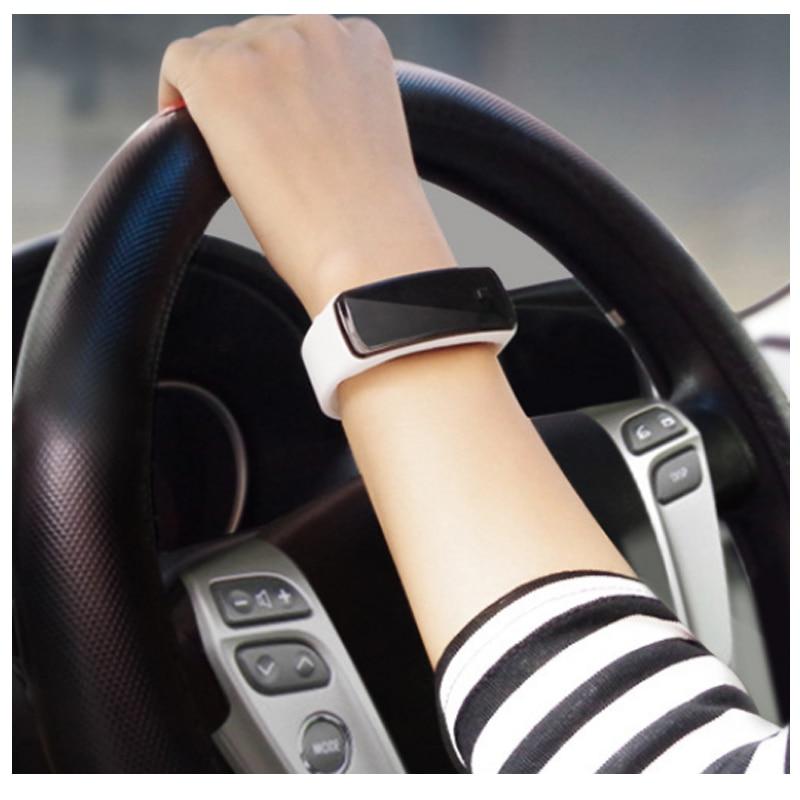 2018 New Fashion Children's Watches LED Digital Display Bracelet Watch Students Silica Gel Sports Wristwatch Gifts Drop 10