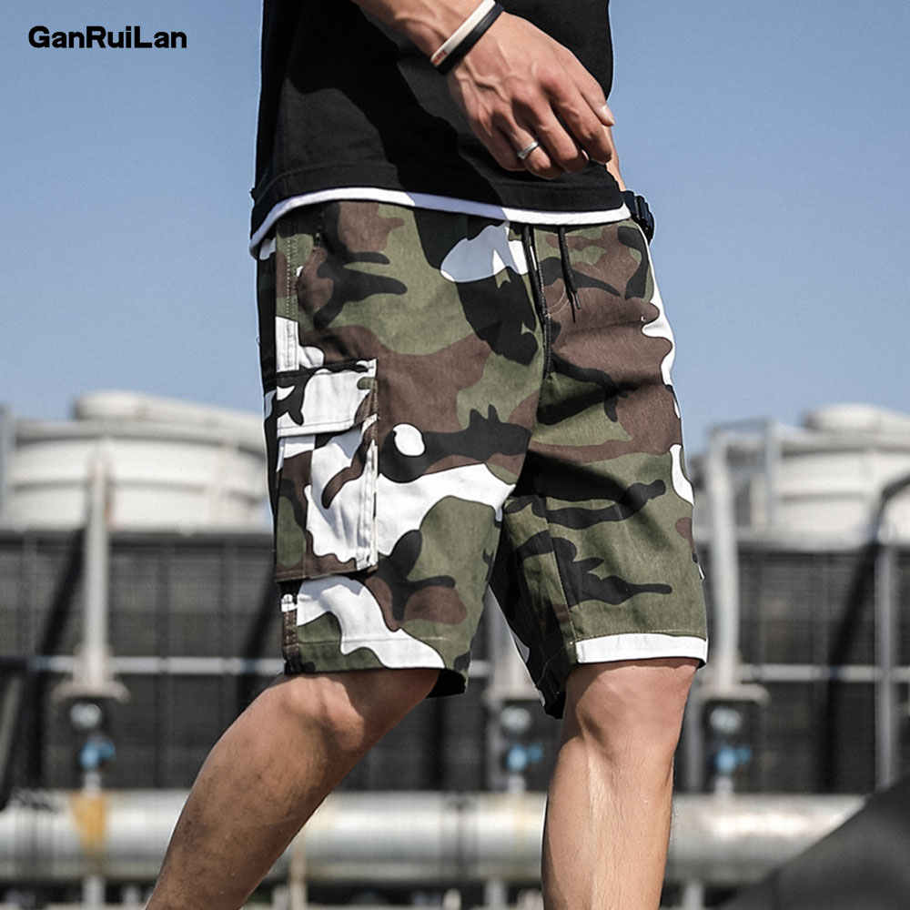 2019 Summer  New Men's Short Hip Hop Shorts Streetwear Mens Safari Style Vintage Joggers Shorts Male Big Pockets Shorts DK19029