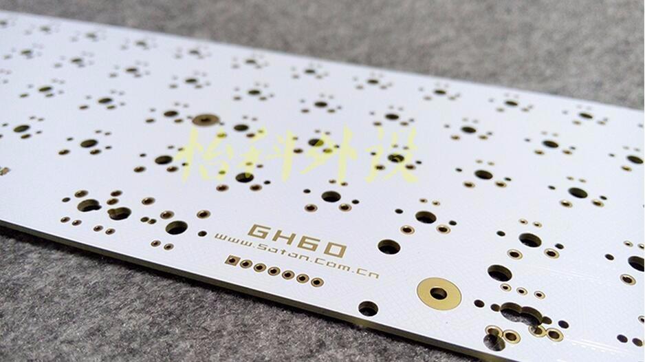 купить 60% mechanical keyboard poker kit gh60 metal case gateron mx clear mini keyboard 60 keyboard kit CNC frame по цене 5371.8 рублей