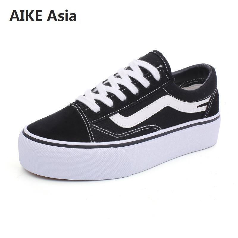 Women Canvas Shoes 2018 Fashion Sneakers Ladies Lace-up Casual Shoes Breathable Walking Canvas Shoes Graffiti Flat ShoesWomen Canvas Shoes 2018 Fashion Sneakers Ladies Lace-up Casual Shoes Breathable Walking Canvas Shoes Graffiti Flat Shoes