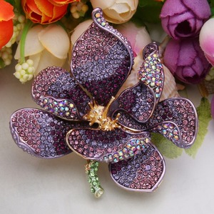 Image 4 - Christmas брошь Orchid Flower Brooch Women Broche Femme Multicolor Kpop Fashion Jewelry Purple Gold Enamel Pin Badge Gift Noel