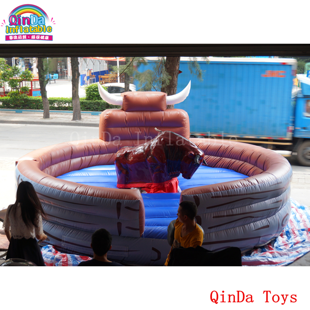 Hot product inflatable jumping mattress for rodeo bull,round inflatable bull mat with free air blower 5 5m inflatable twister funny games 0 5mm pvc inflatable twister mattress with free air blower