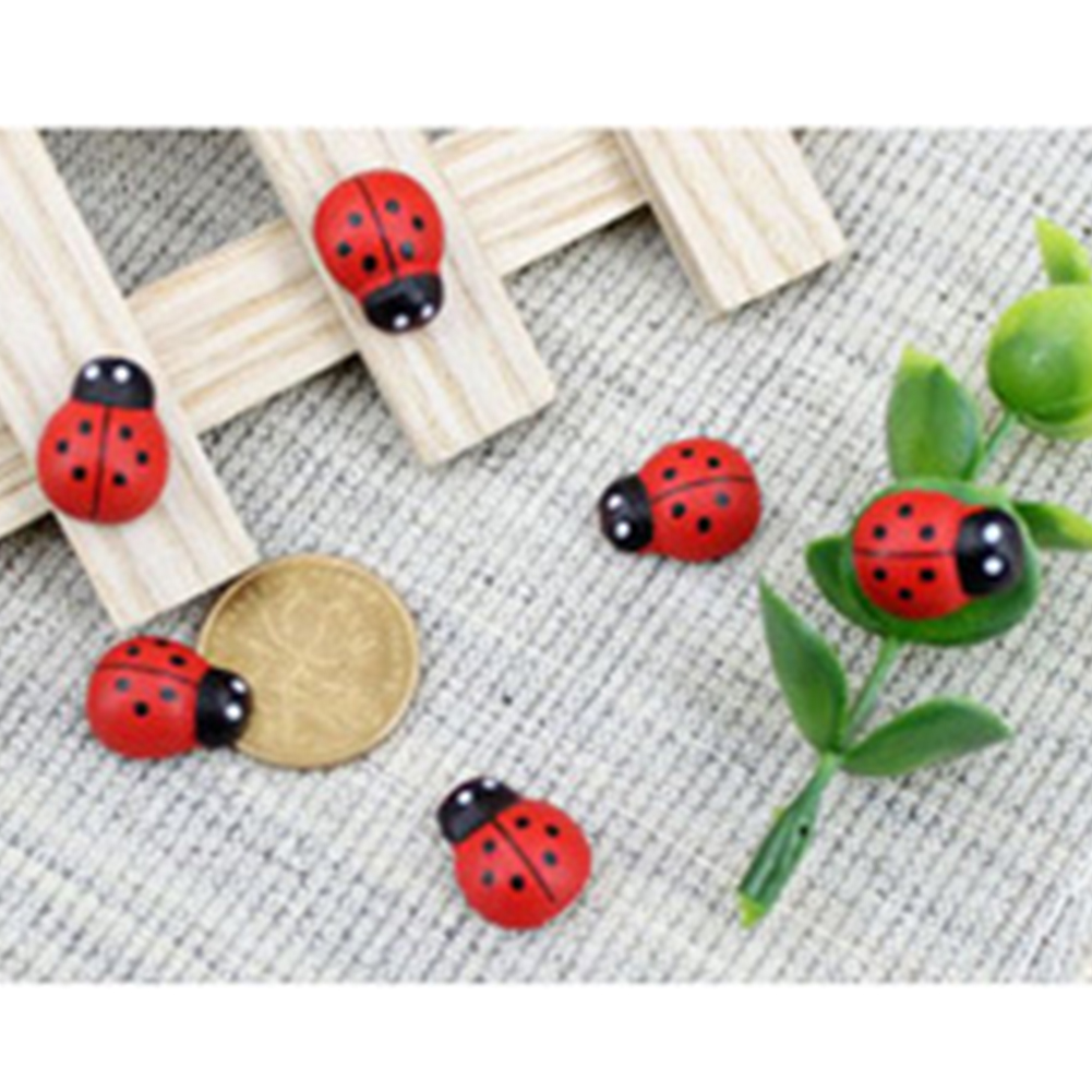 100Pcs Wooden Ladybug Accessories Succulents Animals Mini Micro Landscape Decor Scrapbooking 3D Cartoon Wall Sticker Art Fridge