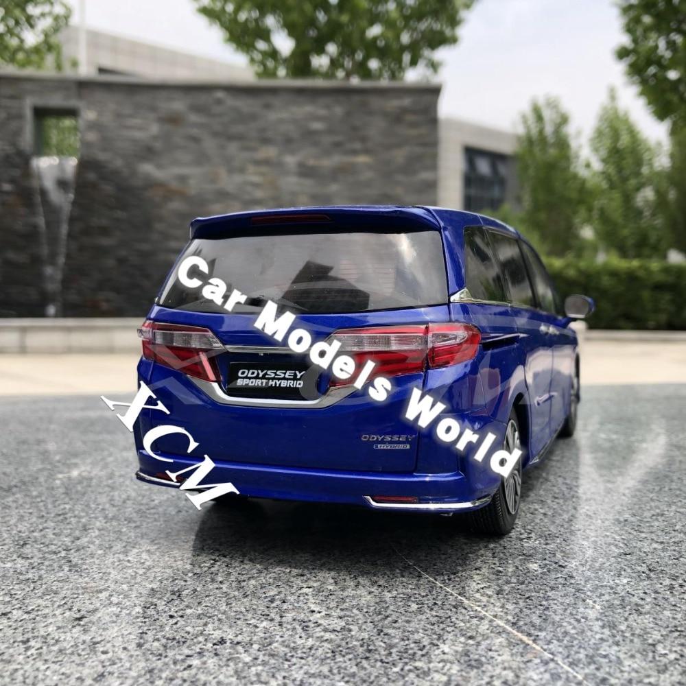 ¡Fundición modelo de coche para Odyssey deporte híbrido 1:18 (azul) + pequeño regalo!-in Troquelado y vehículos de juguete from Juguetes y pasatiempos    2