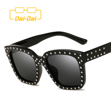 DAI-DAI Classic Design Rock UV400 Women Big Casual Eyeglasses With Box Party Punk High Quality Stars Masculino Hippie Sunglasses