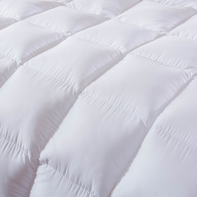 P M White 100 Duck Down Duvet winter autumn stiching quilted Quilt bedding Throw Blanket king queen twin double size in Comforters Duvets from Home Garden