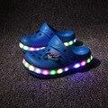 14-21 cm LED de luz niños zapatos sandalias de playa Mulas Zuecos calzado antideslizante verano niños de dibujos animados