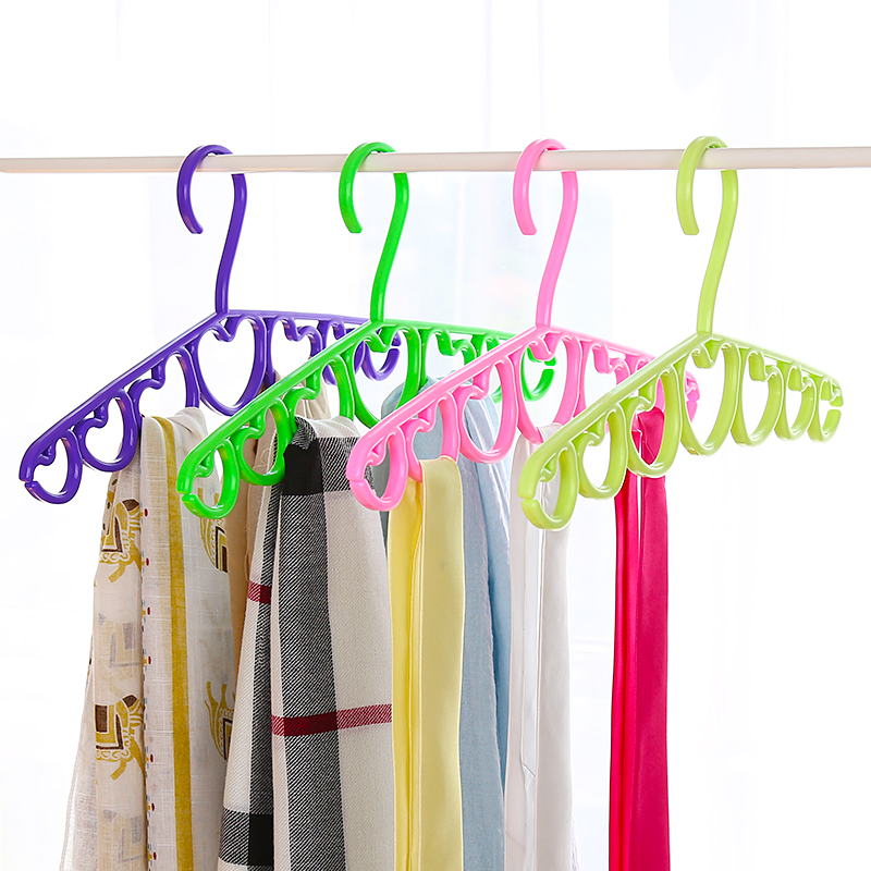 4pcs / lot 다공성 플라스틱 포장 다목적 실크 스카프 벨트 넥타이 옷걸이에 대 한 옷걸이