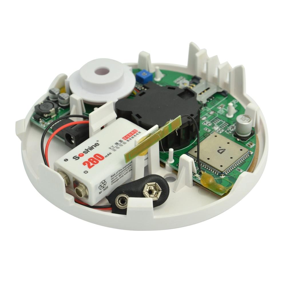 Купить с кэшбэком (1 PCS) New Product Home security Alarm system SMS GSM Smoke Detector Fire alarm sensor SIM card send message calling center