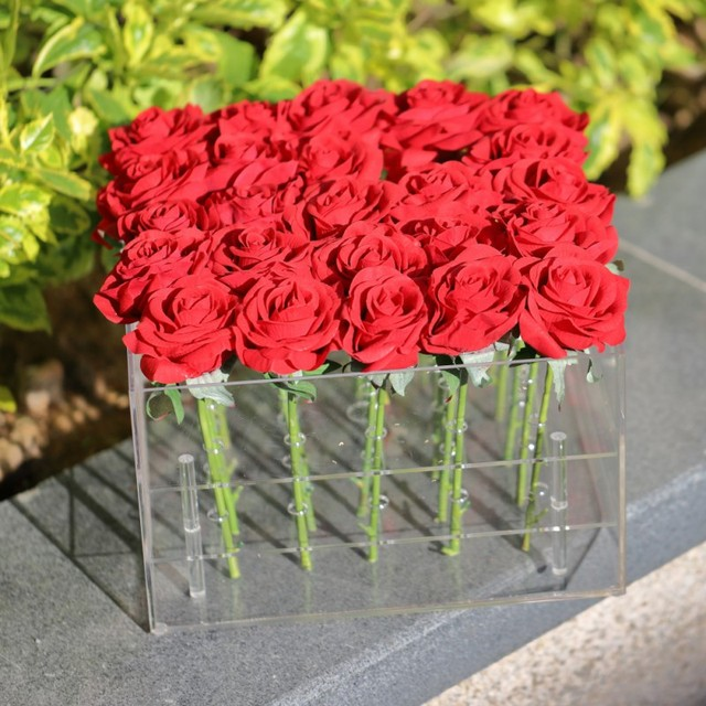 Acrylic Rose Flower Display Storage Box Makeup Organizer Cosmetic Holder Flower Gift Box Case With Cover Wholesale