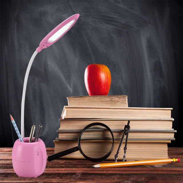 Sensível Ao Toque LEVOU Lâmpada de Mesa Super Brilhante Dimmable Iluminação para Escritório Estudo Candeeiro De Mesa Estudante Olho de Proteção com Suporte da Pena