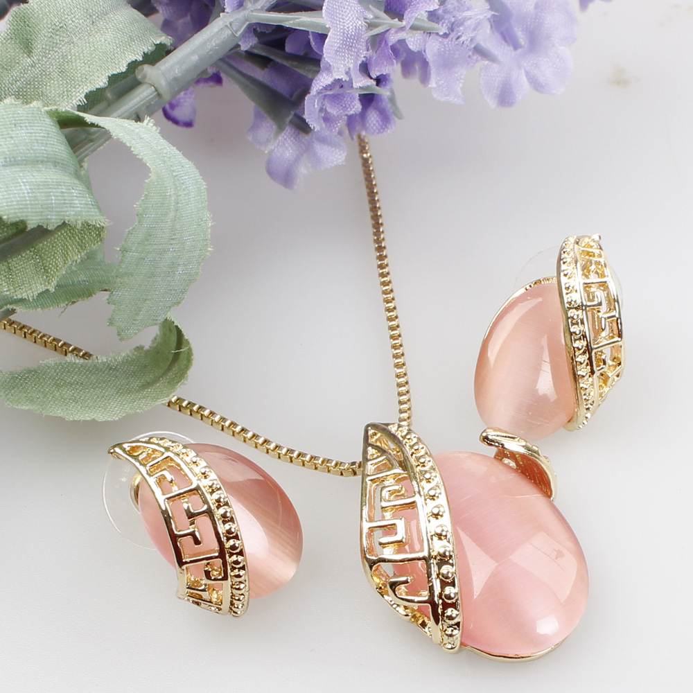 Fancyde Girl Design Romantic Oval Opal Stone Pendant Necklace Earrings Sets  Gold Color Jewelry Set For Women Wedding Set