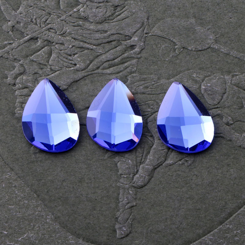HOT!!!2018 New Royal blue Drop shaped flat back glass crystal rhinestones  DIY wedding dress and headpiece jewelry accessories bded4c36c94d