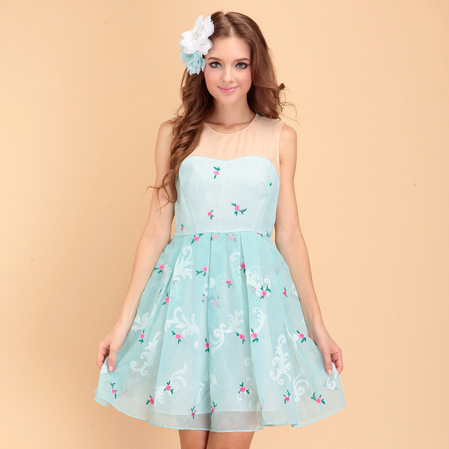 2013 summer new arrival five5 fashion plus fashion embroidered high waist one-piece dress female 1132082840