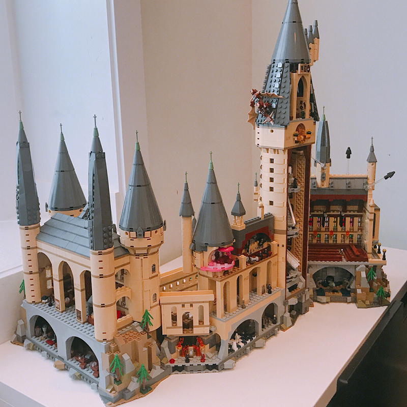DHL Harry Potter Magic Hogwart Castle Compatibel Legoingly castle 71043 Bouwstenen Bakstenen Kinderen Kerst DIY SpeelgoedDHL Harry Potter Magic Hogwart Castle Compatibel Legoingly castle 71043 Bouwstenen Bakstenen Kinderen Kerst DIY Speelgoed