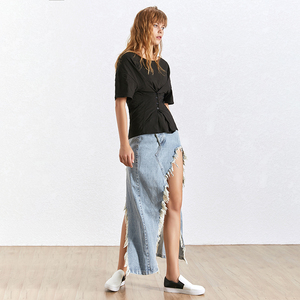 Image 5 - TWOTWINSTYLE شرابة الدنيم تنورة المرأة عالية الخصر انقسام غير النظامية التنانير حجم كبير الإناث الصيف ملابس عصرية 2020