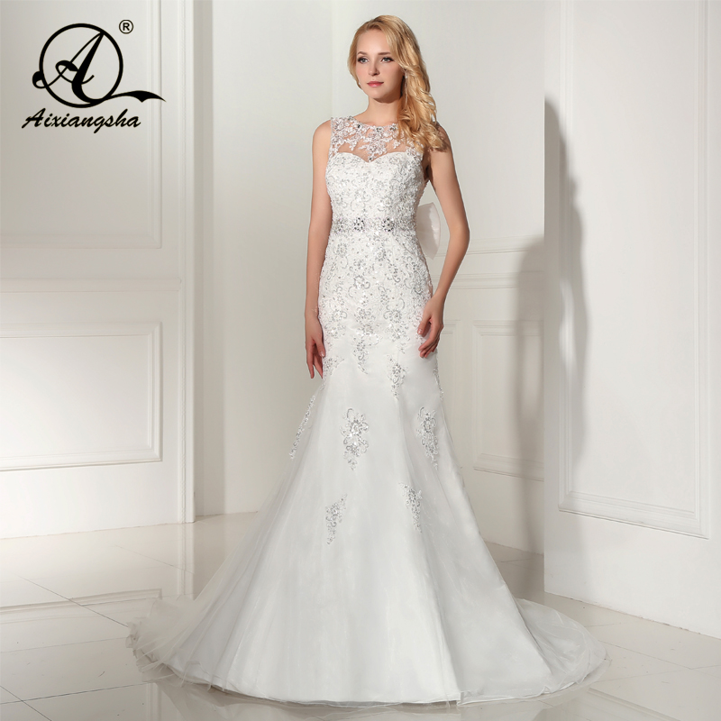 2018 Sleeveless Mermaid With Train Wedding Gowns Bridal Wedding Dress Bride Vestido de noiva Glormous Appliques Sashes Sequi