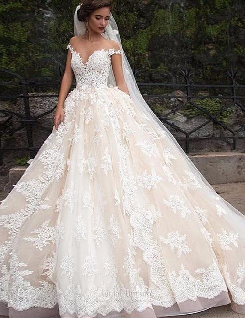 Luxury Lace Ball Gown Wedding Dress 2017 Off Shoulder Princess Arabic Muslim Arab Bride Bridal