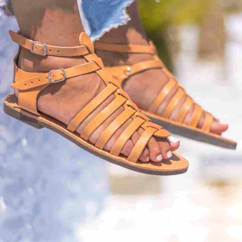 QWEDF 2019 New Shoes Women Sandals Yellow Black Buckle Gladiator Sandals Retro Summer Outside brand  Flats Heels Sandals  SQ-95