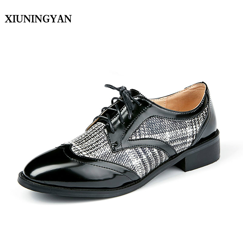 XIUNINGYAN Women' Round Toe Casual Lattice Soft Genuine Leather Brogue Shoes Slip on Woman Flats Shoe Flexible Peas Footwear 40 new women flats shoes leather round toe shoe ladies fashion leather girl shoes slip on work footwear spring summer big size