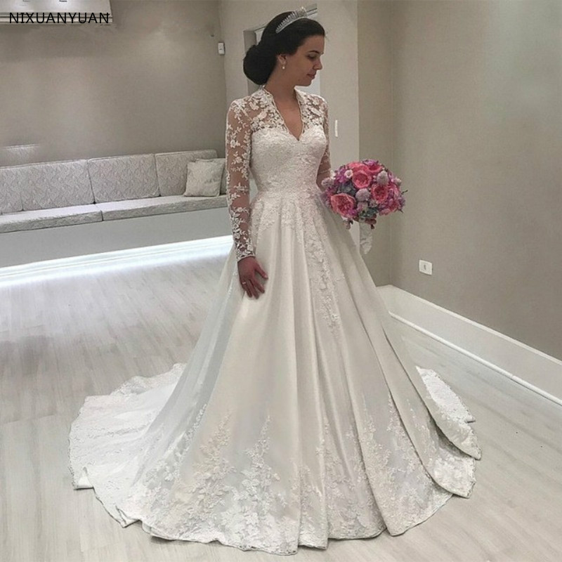 Vintgae Long Sleeves Satin Wedding Dresses 2019 Sexy V Neck Floor Length Lace Appliques Satin Summer Spring Garden Bridal Gowns