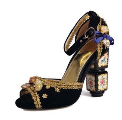 Vintage gem and crystal folk-custom open toe sandals for women Ladies bohemian style shoes Peep toe strange high heel sandals цены